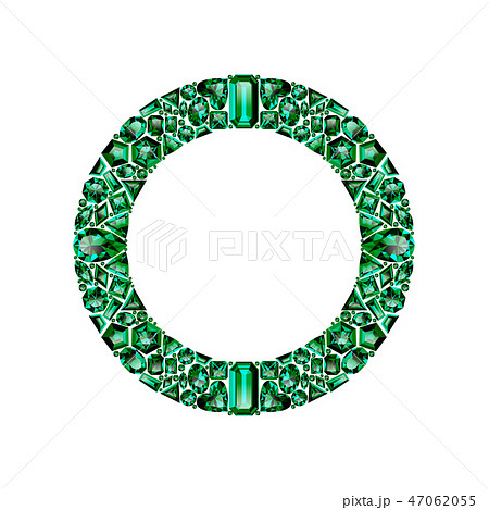 Round frame made of realistic green emeralds with complex cuts 47062055