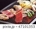 食べ物 食品 肉 牛肉 焼肉 料理 焼肉イメージ BBQ  炭 炭火焼 焼肉イメージ 野菜 料理 47101353