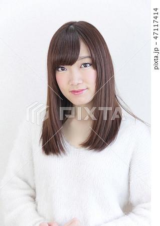若い女性 ヘアスタイル 47117414