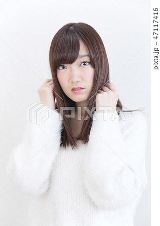 若い女性 ヘアスタイル 47117416