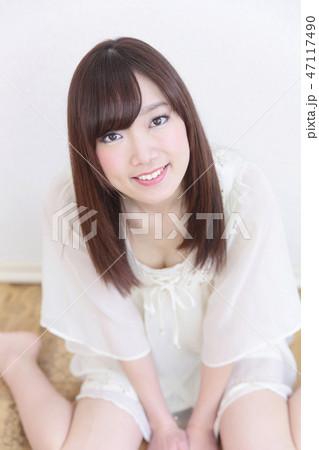 若い女性 ヘアスタイル 47117490
