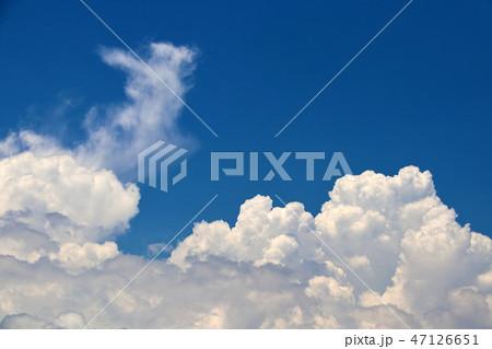 空と雲 47126651