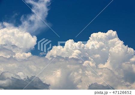 空と雲 47126652