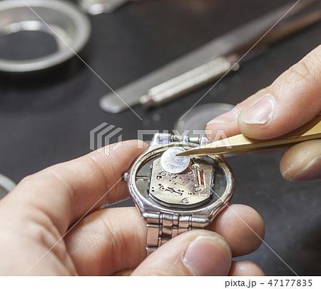 腕時計の電池交換 47177835