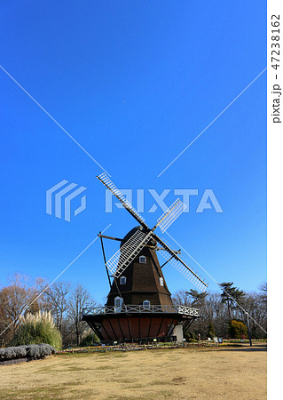 ふなばしアンデルセン公園の風車(1月)千葉県船橋市 47238162