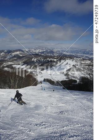 斑尾高原スキー場のジャイアントコース上部 47249739