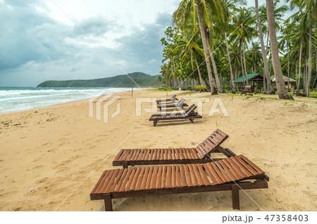 Nacpan Beach. El Nido, Palawan island, Philippines 47358403