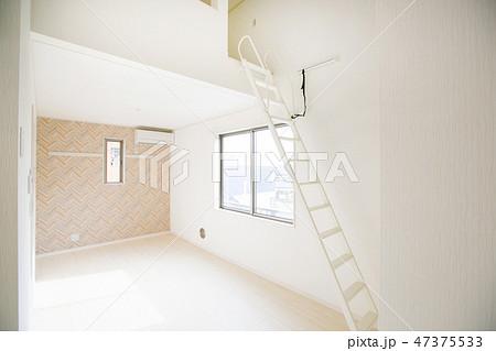 ロフト付きの部屋 47375533