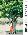 女性 若い 新緑の写真 47385447