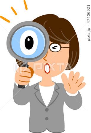 虫眼鏡を覗いて驚くビジネスウーマンの上半身 眼鏡 47406921