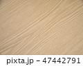 木目調のテーブル 47442791