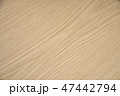 木目調のテーブル 47442794