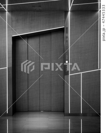 Contemporary design of the elevator in Ginza Six 47445333
