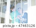 女性 シニア 介護の写真 47463126
