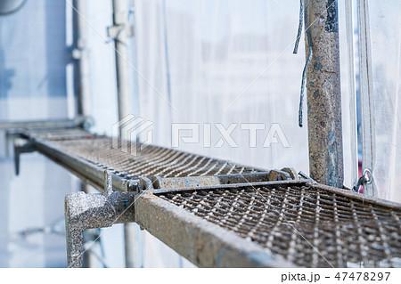 自宅外壁塗装工事 複雑に組まれた足場 47478297