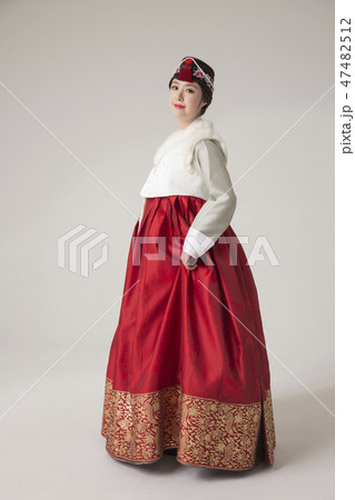 Korean beauty concept photo. Young beautiful woman wearing Hanbok, Korean traditional dress. 119 47482512
