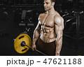 ボディービルダー スポーツジム 男の写真 47621188