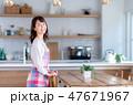 キッチン 主婦 女性の写真 47671967
