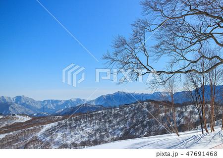 雪山 47691468