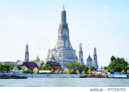 タイ・バンコクのワット・アルン(修復工事後・2018年撮影) 47726703