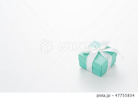 プレゼント ギフト 47755834