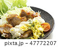鶏肉 料理 レタスの写真 47772207