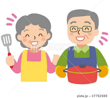 料理する年配の男女 47792989
