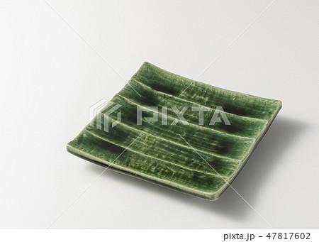 織部焼の角皿 47817602