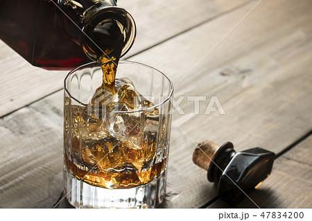 ウイスキー 47834200