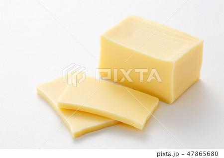 チーズ 47865680