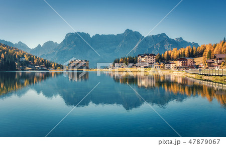 Beautiful famous Misurina lake at sunset in autumn 47879067