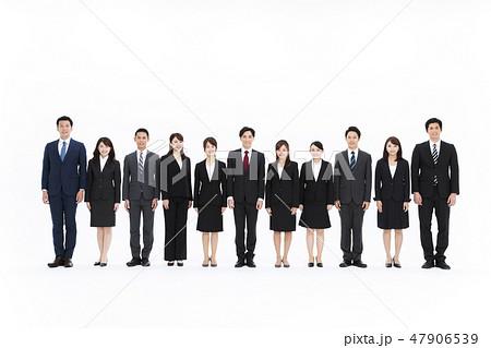 ビジネス 白バック 大人数 ビジネスマン チーム 女性 男性 47906539