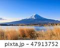 山梨河口湖_朝日輝く富士山 47913752