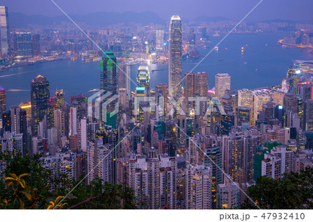 Hong Kong city skyline day to night 47932410