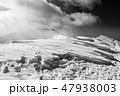 モノクロ風景写真 47938003