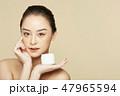 女性 美容 ファンデーションの写真 47965594
