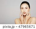 女性 美容 ファンデーションの写真 47965671