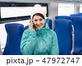 女の人 女性 電話の写真 47972747