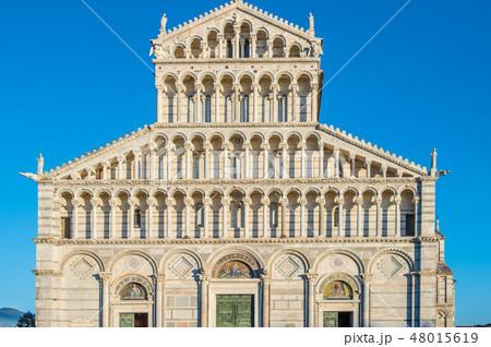 イタリア トスカーナ州 ピサ ドゥオーモ広場 ドゥオーモ カテドラーレ ファサード 48015619