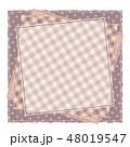 パッチワーク風 パターン柄フレーム 背景素材 テキストスペース 水玉 48019547