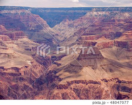 アメリカ合衆国 アリゾナ州 グランド・キャニオン マーサー・ポイントにて 48047077