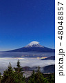 富士山と雲の共演(笠雲・雲海) 48048857
