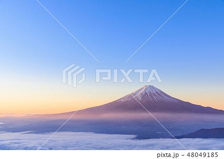 雲海富士山_朝焼けの絶景 48049185