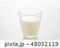 牛乳 48052119