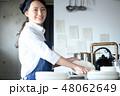 キッチン 厨房 女性の写真 48062649