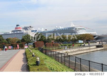 大型客船 48109337