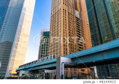 《東京都》汐留オフィス街・新交通ゆりかもめ 48144915