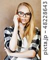 眼鏡 女性 メスの写真 48228643