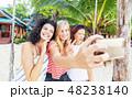セルフィー 自撮り ビーチの写真 48238140