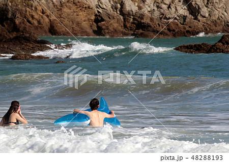 海水浴・夏だ~ 48288193